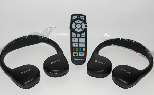 Jeep Grand Cherokee uConnect Headphones and DVD Remote (2013-2014)