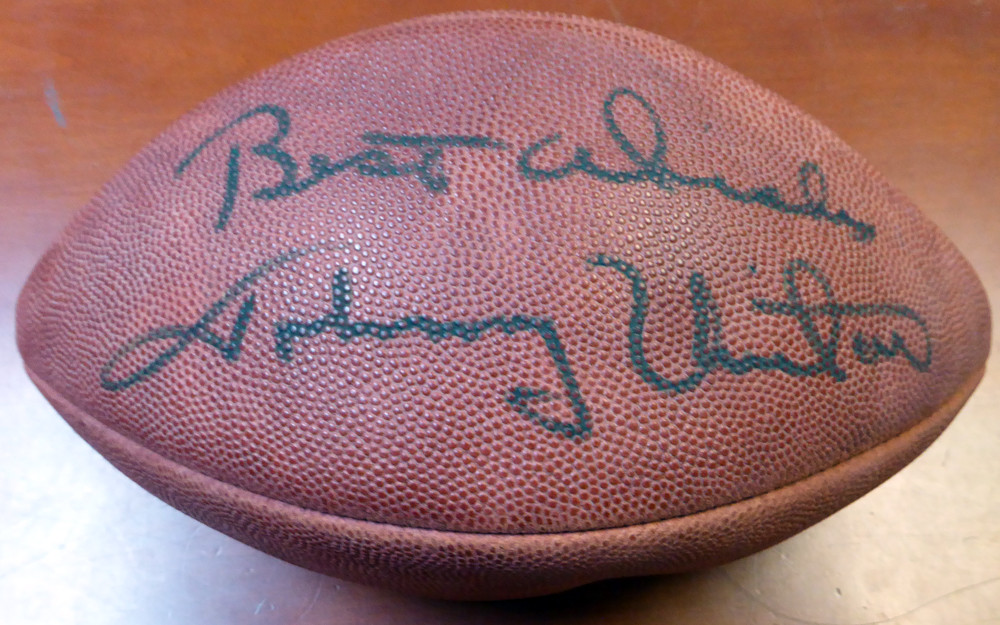 new concept 33835 d7976 Johnny Unitas Autographed NFL Football Baltimore Colts