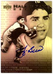 Yogi Berra Autographed 2001 Upper Deck Hall Of Fame Gallery Card #G12 New York Yankees Steiner SKU #126188