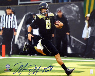Marcus Mariota Autographed 16x20 Photo Oregon Ducks MM Holo Stock #87198