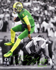 "Marcus Mariota Autographed 16x20 Photo Oregon Ducks ""Heisman '14"" MM Holo Stock #89886"