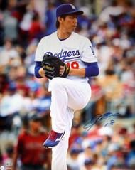 Kenta Maeda Autographed 16x20 Photo Los Angeles Dodgers MLB Holo Stock #104876