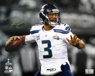 Russell Wilson Autographed 16x20 Photo Seattle Seahawks Super Bowl XLVIII RW Holo Stock #105129