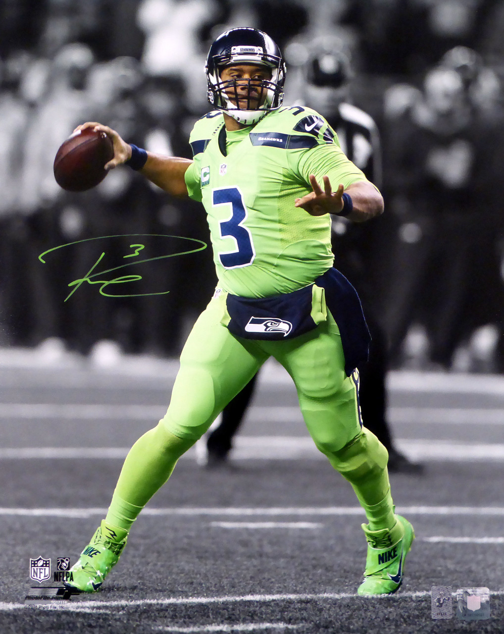 separation shoes ad058 70ac4 Russell Wilson Autographed 16x20 Photo Seattle Seahawks Action Green Color  Rush RW Holo Stock #123810