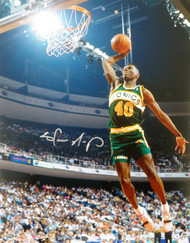 Shawn Kemp Autographed 16x20 Photo Seattle Sonics MCS Holo Stock #125210