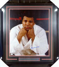 Muhammad Ali Autographed Framed 16x20 Photo JSA #Y13095