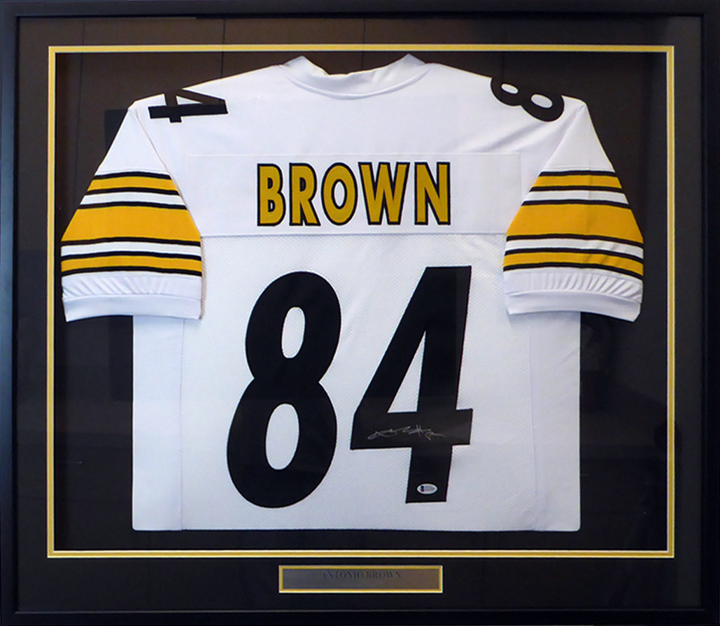 cheaper ea325 9ee76 Pittsburgh Steelers Antonio Brown Autographed Framed White Jersey Beckett  BAS Stock #130314