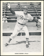 George Munger 1956-59 Seattle Rainiers Popcorn 8x10 Premium Card SKU #151541