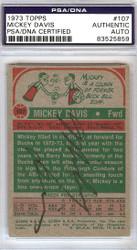 Mickey Davis Autographed 1973 Topps Card #107 Milwaukee Bucks PSA/DNA #83525859