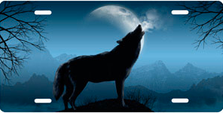 Howling Wolf on Blue Auto Plate sku T9165B