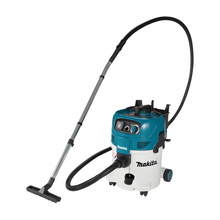 Makita Wet/Dry 30litre Dust Extraction Vacuum