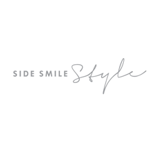 Side Smile Style