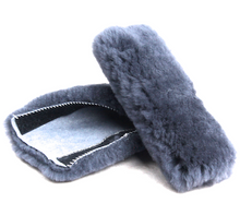 Skinnys Seatbelt Protector Dark Grey