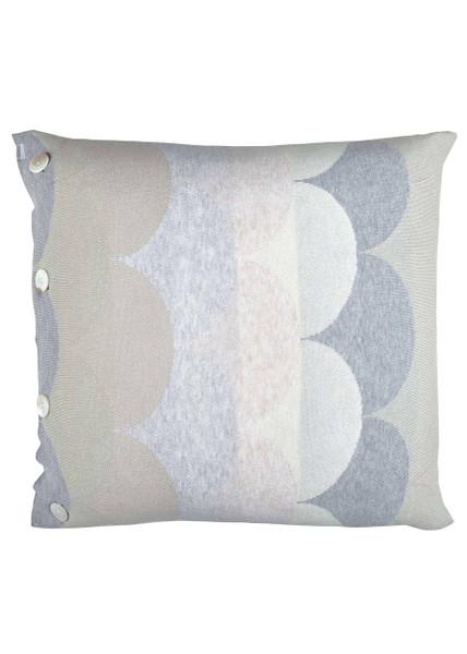 Memphis cushion - Whisper (front)