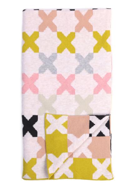 Kisses Blanket - Candy (folded