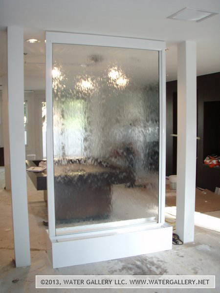 Custom Glass Waterfall Indoor Standing Water Feature