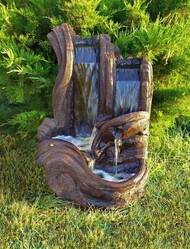 Twin Falls Log Fountain