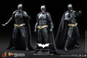 Hot Toys - TDKR - Batman Armory with Batman