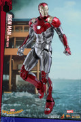 Hot Toys - Spider-Man: Homecoming - Iron Man Mark XLVII