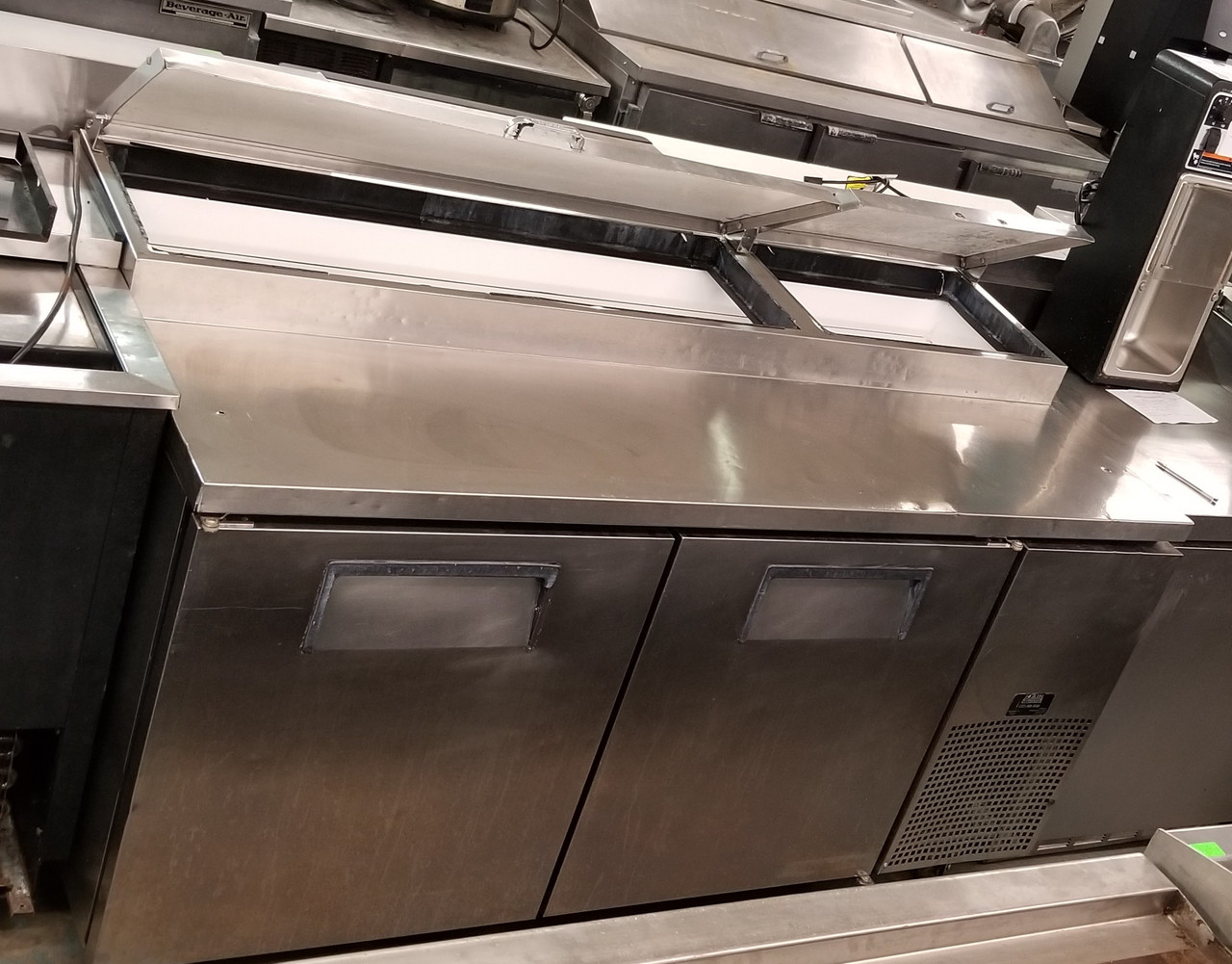 True Tpp 67 67 Pizza Prep Table W Refrigerated Base