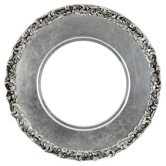Williamsburg Round Frame # 844 - Silver Leaf with Black Antique