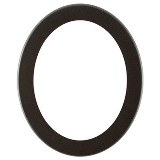 Avenue Oval Frame # 862 - Black Silver