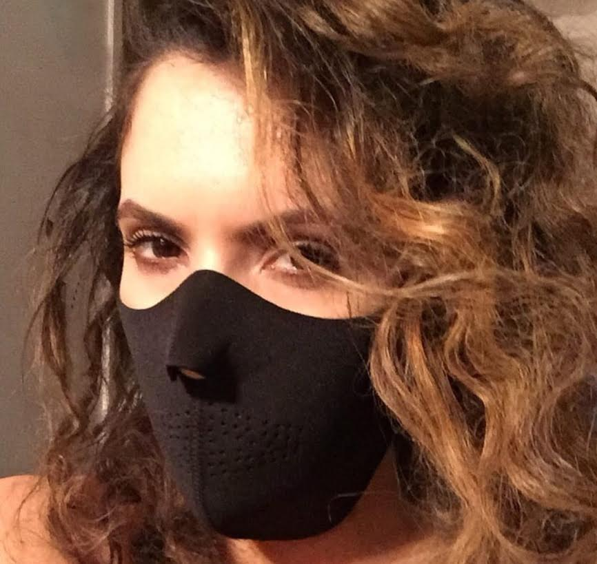 black-neoprene-half-face-mask-2-.jpg