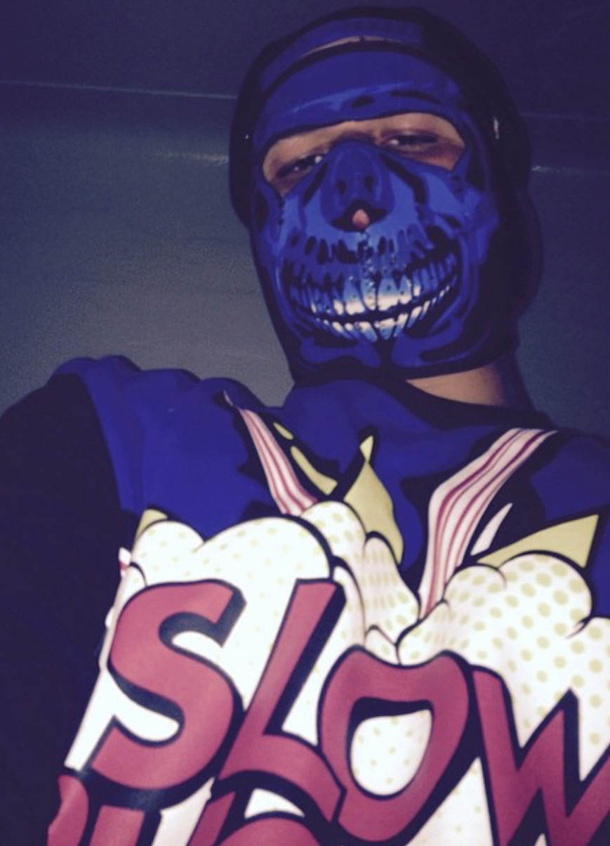 blue-skull-neoprene-face-mask.jpg