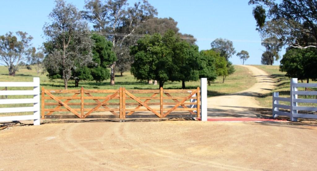 Double Estate Gates