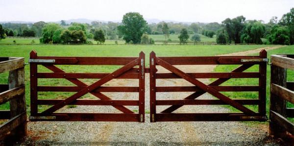 5-Rail Double Farm Gate - 4.2m