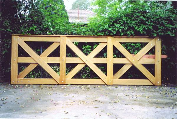3.6m Saxon Gate