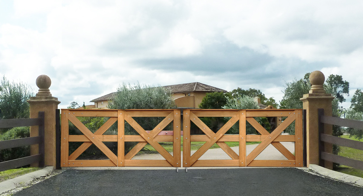 Double Saxon Gates