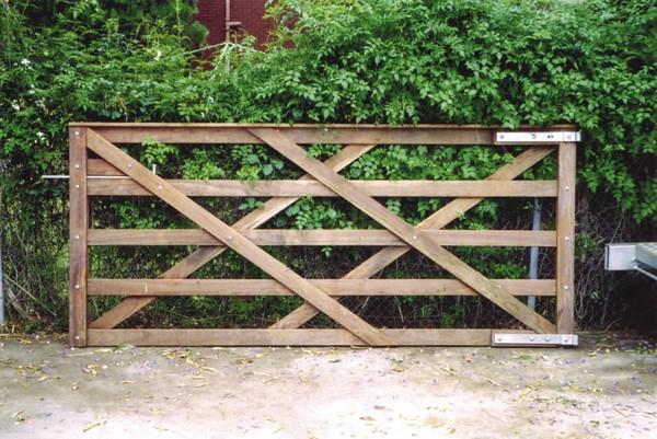 Welsh Gate - 2.4m