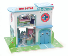 Le Toy Van Hospital Set TV426
