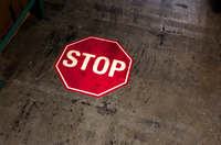 SignCast S300 Virtual Floor Sign Package - Stop Sign