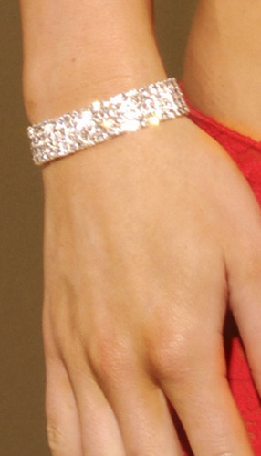 Elegant Moments Rhinestone Stretch Bracelet