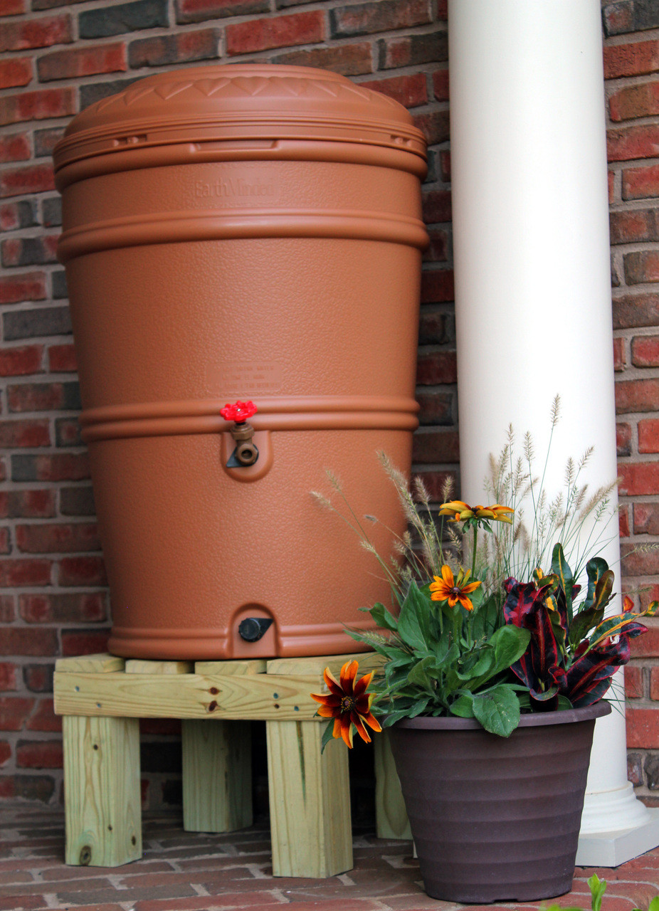 chesapeake rain barrel stand, wooden rain barrel stand, hamptons rain barrel stand
