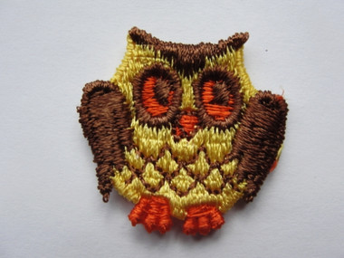 Brown Yellow Orange Infant Hoot Owl Sew On Applique Patch 1.13 Inch