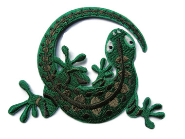 Green Gecko Embroidered Iron On Applique Patch 4.13 Inches