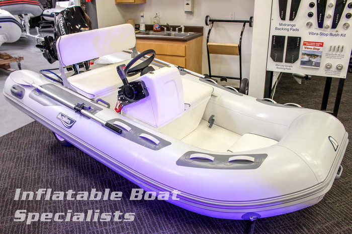 Achilles Premium Console on 315DX with Outboard Engine
