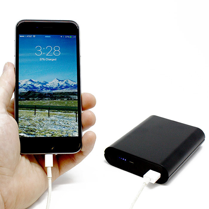 PV-PB20i Power Bank WiFi Hidden Camera  with phone