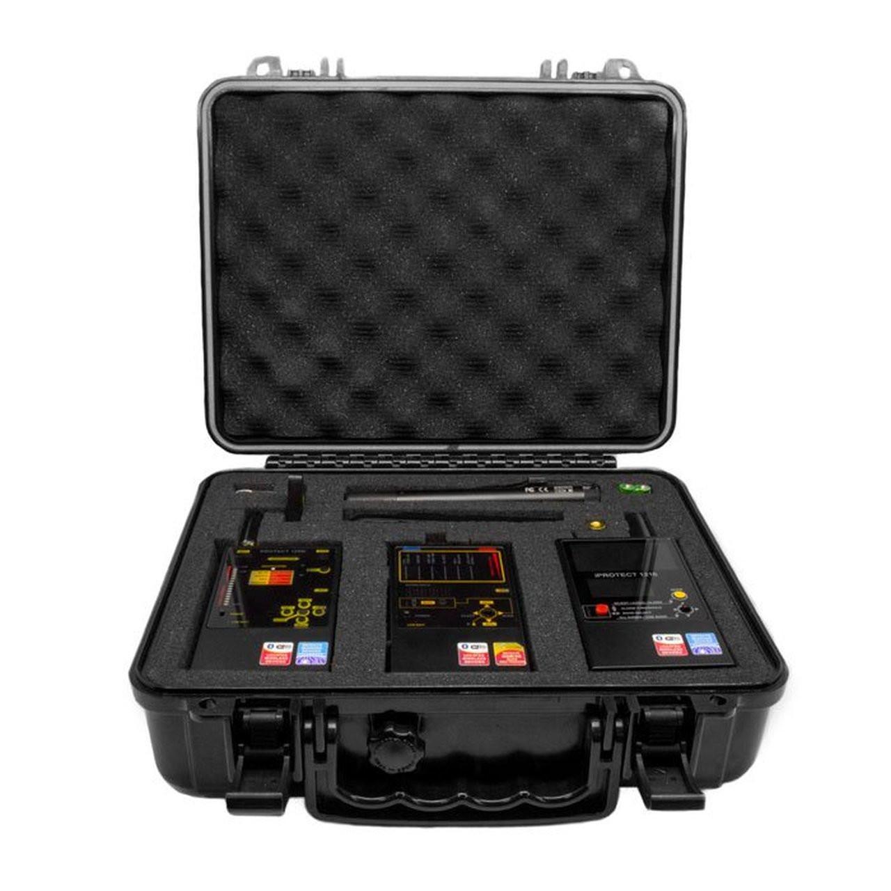 Law Enforcement Grade RF Detectors set in case