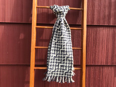 Houndstooth Lace Scarf