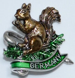 HP8476G Squirrel on Branch w/small Cane GERMANY