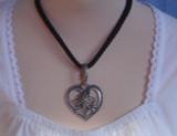 (JN208) Edelweiss Heart