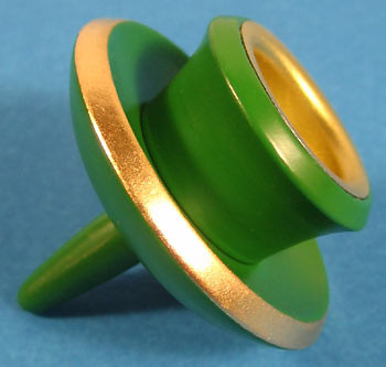 Pyramid Candle Holder Green 085045