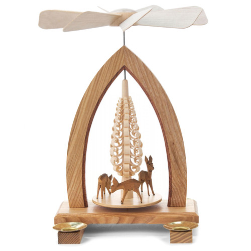 Four Deer Pyramid