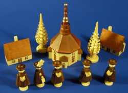Church Carolers Figurines