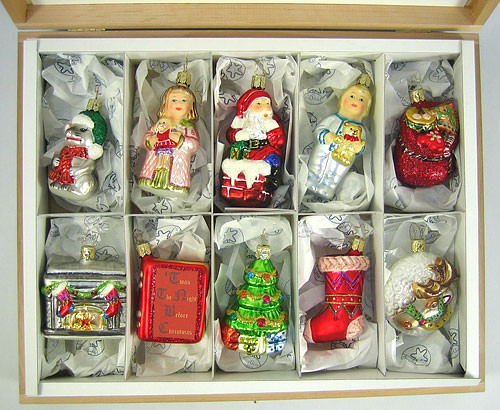 Night Before Christmas Premium Ornament Set