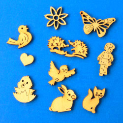 German Figurine Wooden MINI Ornaments 10G